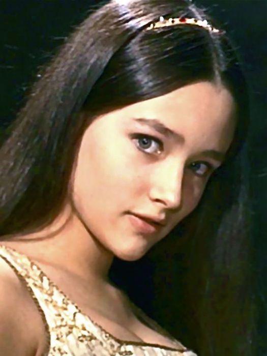 Juliet-Capulet-Montague-1968-romeo-and-juliet-by-franco-zeffirelli-22929064-540-720