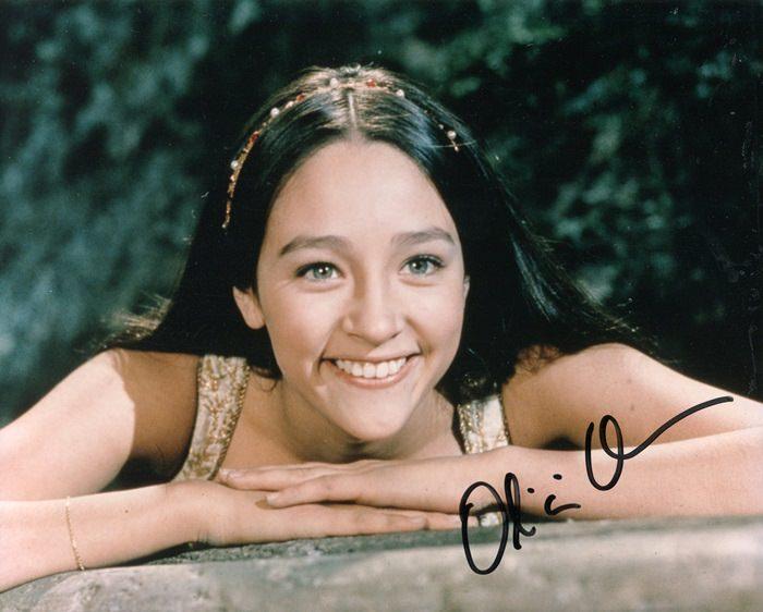 Olivia-Hussey-8